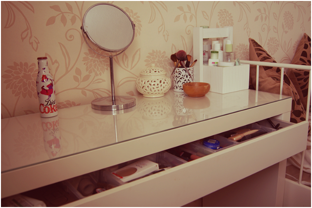 Amazing Malm Ikea Vanity Dressing Table For The Home Pinterest With 27 Schonheit Corner