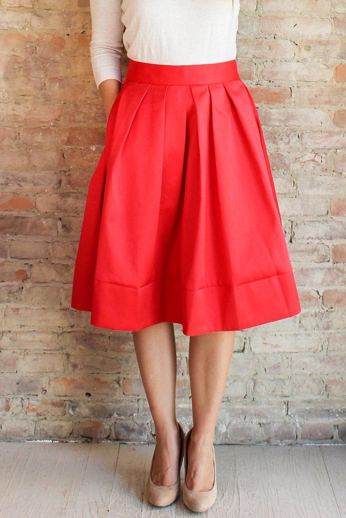 9c5a7b41ab #redskirt #midiskirt #bows #bowback #partyskirt #vibrant #sateen #pleats  #fallfashion #fallstyle #sash #pockets