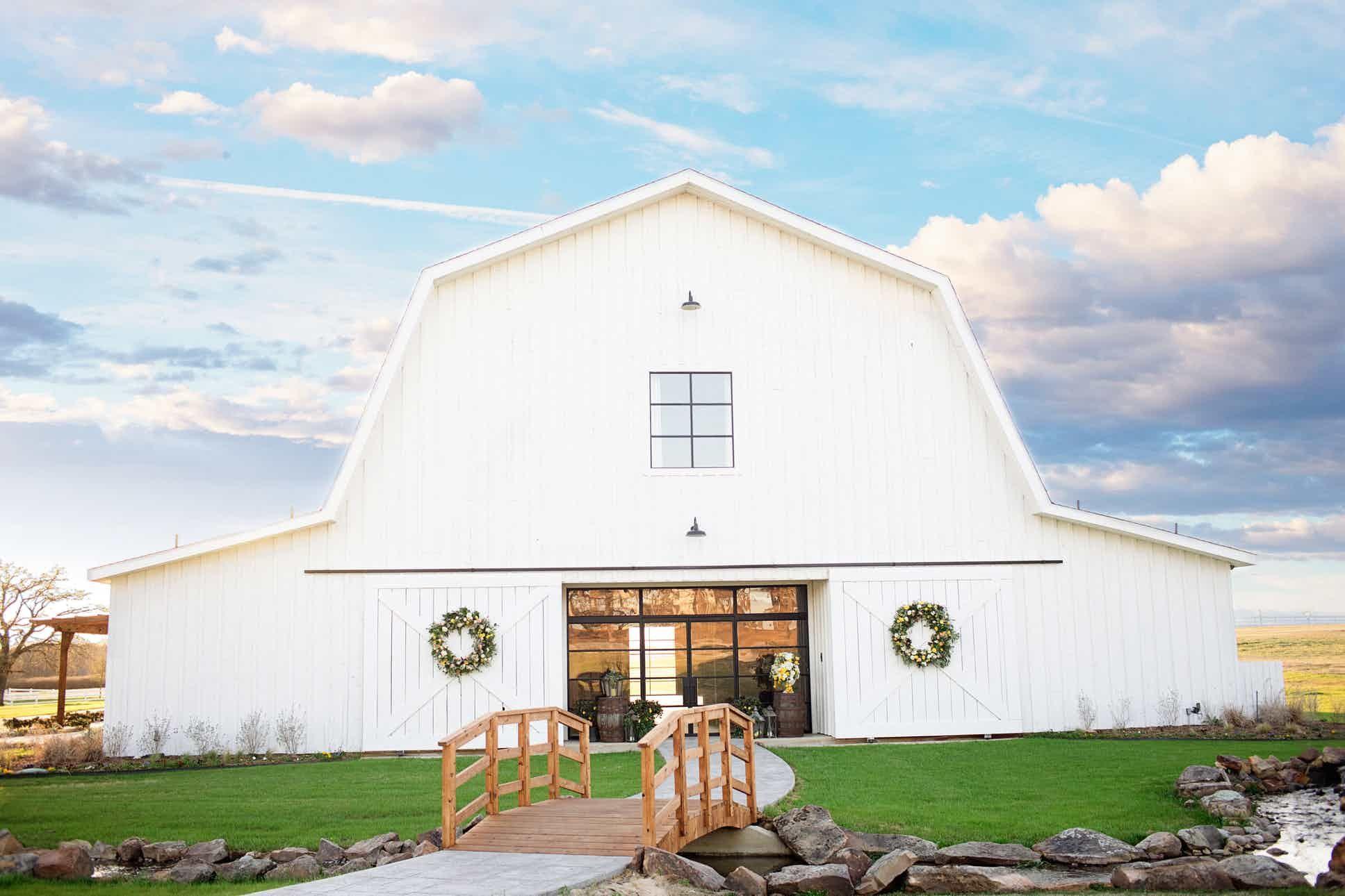 The Milestone   Wedding venues texas, Barn wedding venue ...