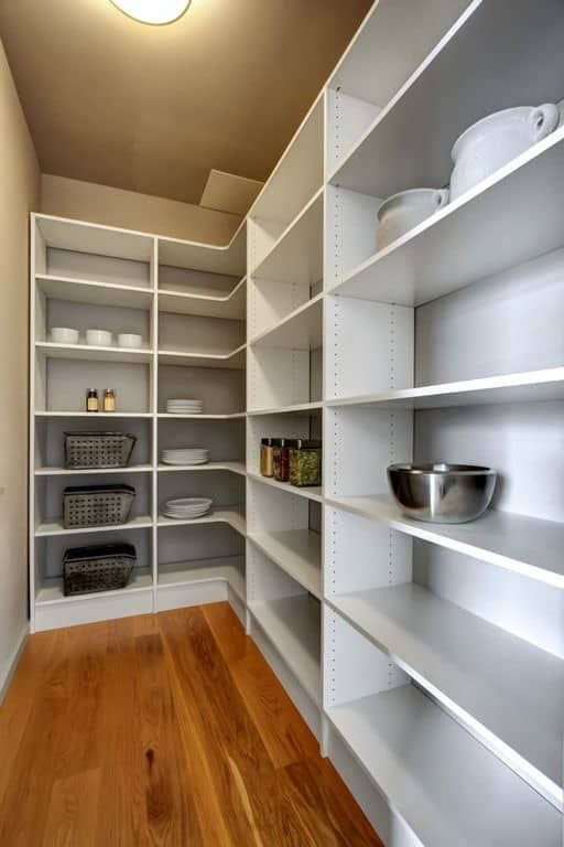 45 Gorgeous Walk-In Kitchen Pantry Ideas (Photos) #largepantryideas