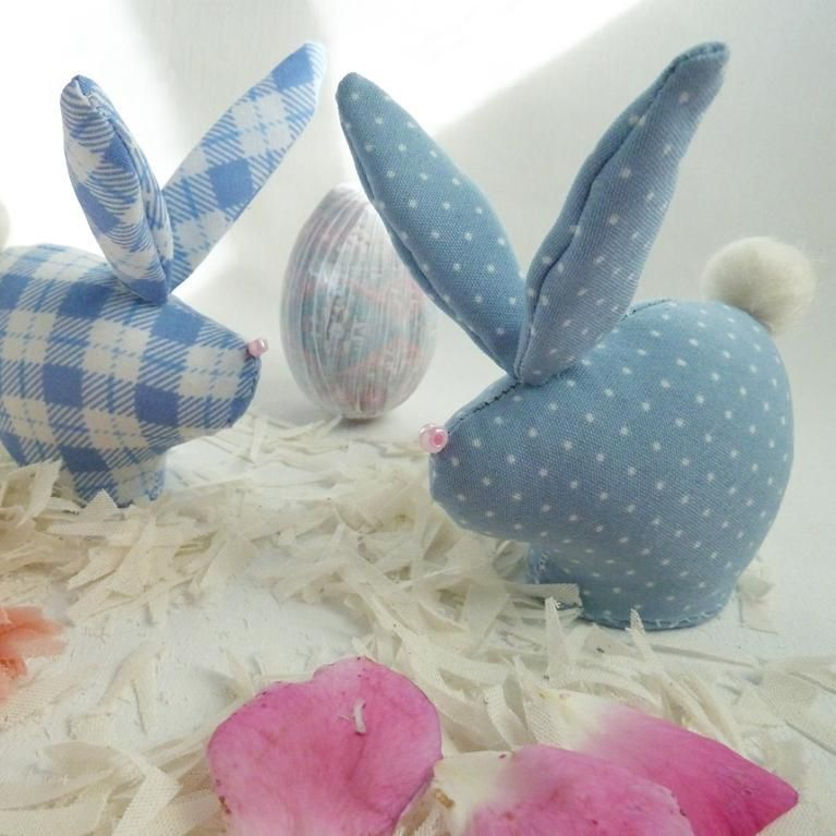 Sew mini easter rabbits with soles free sewing pattern sew sew mini easter rabbits with soles free sewing pattern sew pronofoot35fo Images