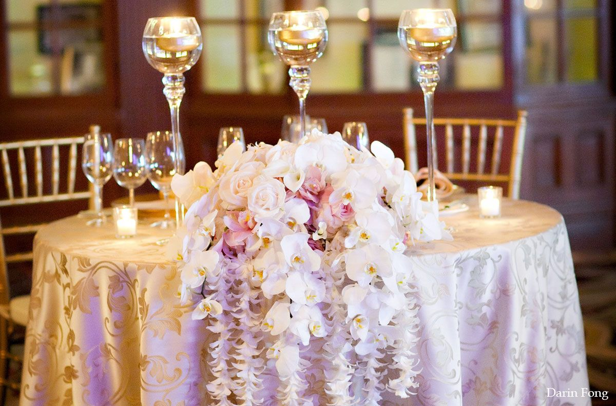 Sweetheart Table Vs Head Table For Wedding Reception: Sweetheart Tables Vs. Head Tables