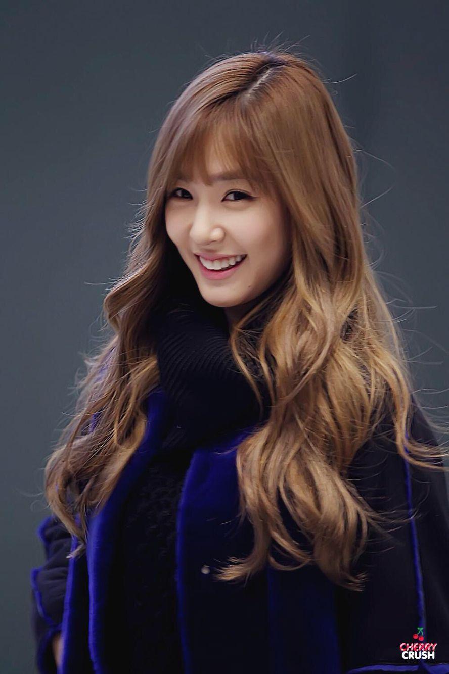 SNSD Girls Generation Tiffany Hwang fashion airport | 女性