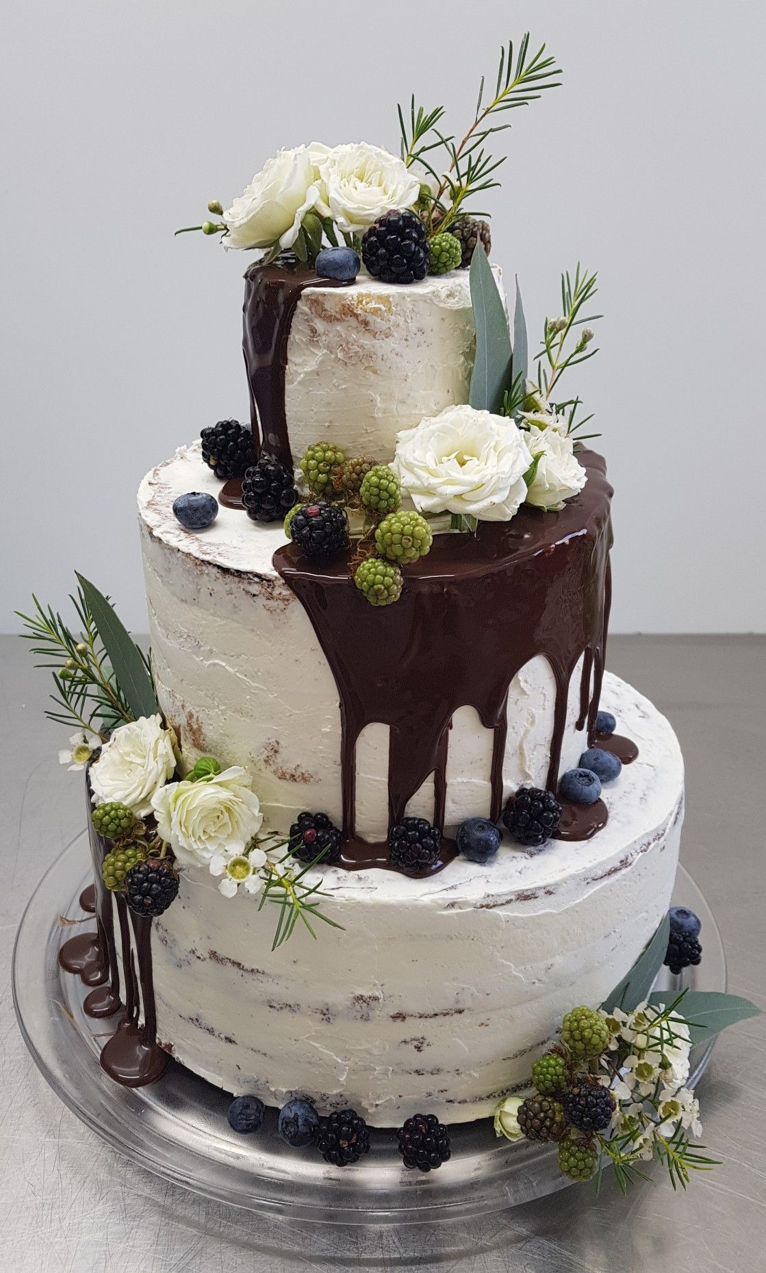 Hochzeitstorte Dripcake Semi Naked Cake Naked Cake Weddingcake