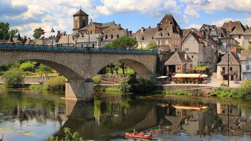 Visiter La Correze Quels Sont Les Endroits A Ne Pas Manquer Correze Vacances En France La Dordogne