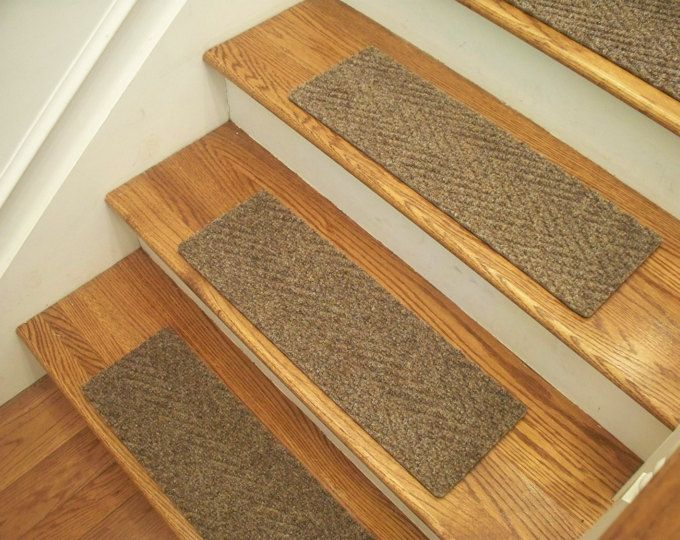 Best Padded Wool Carpet Stair Treads Breckenridge Grey 640 x 480
