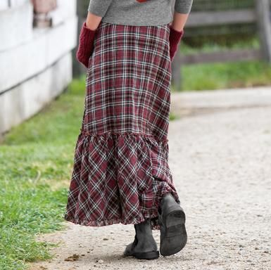 fall/winter skirt ♥ Plaid is great!