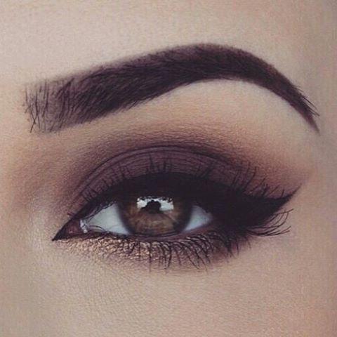 """Vorana on Instagram: """"El #otoño es el mejor momento para combinar tonos cálidos con un toque de #glitter para resaltar los puntos clave 😉 #VoranaTips #makeup…"""""""