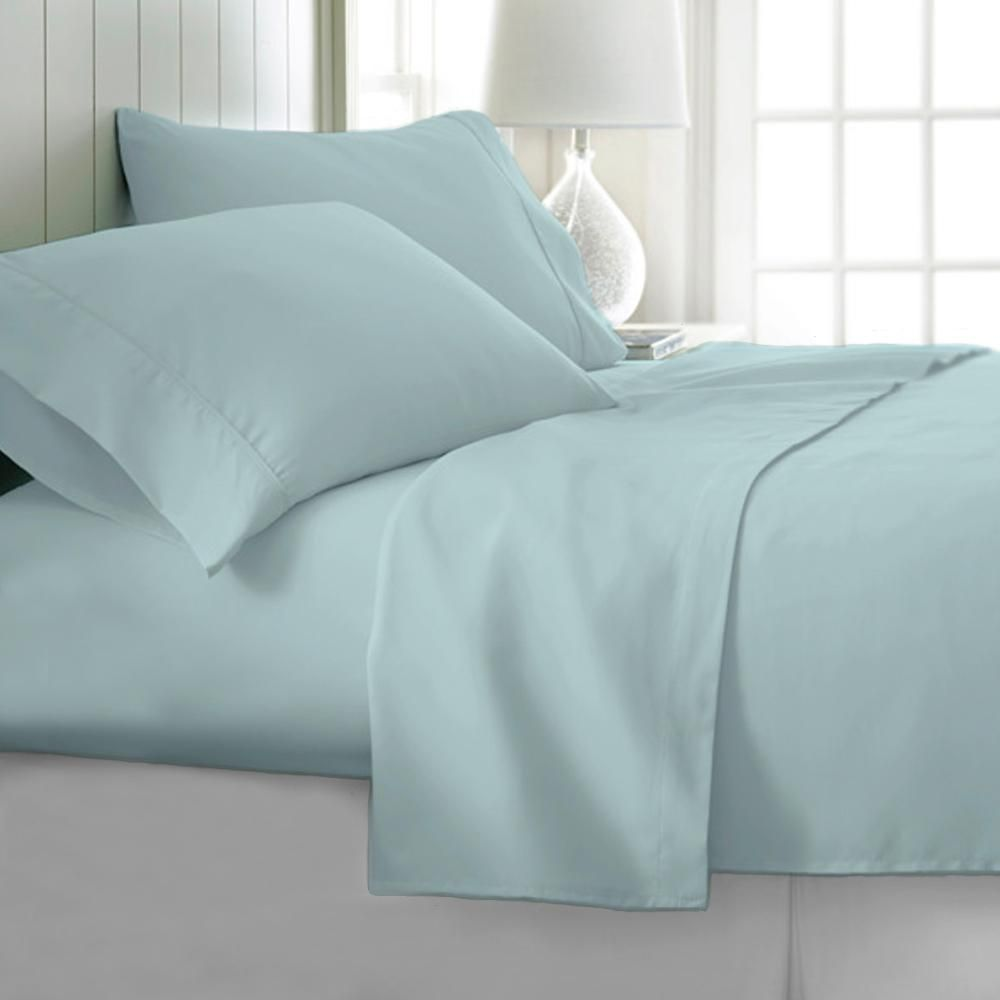 4 Piece Sky Blue Solid 1800 Thread Count Microfiber Queen Sheet