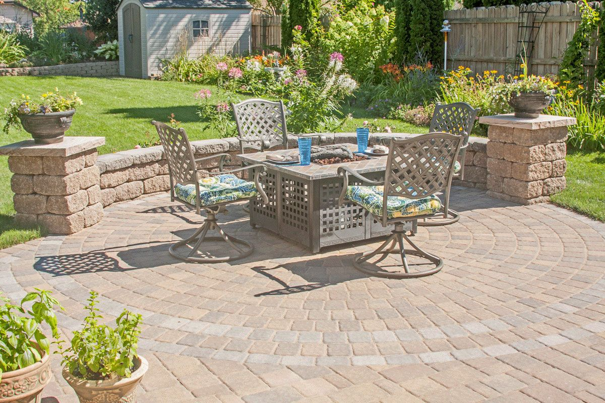 Marvelous A Seat Wall Helps To Define Your Patio Space From The Rest Of The Yard.