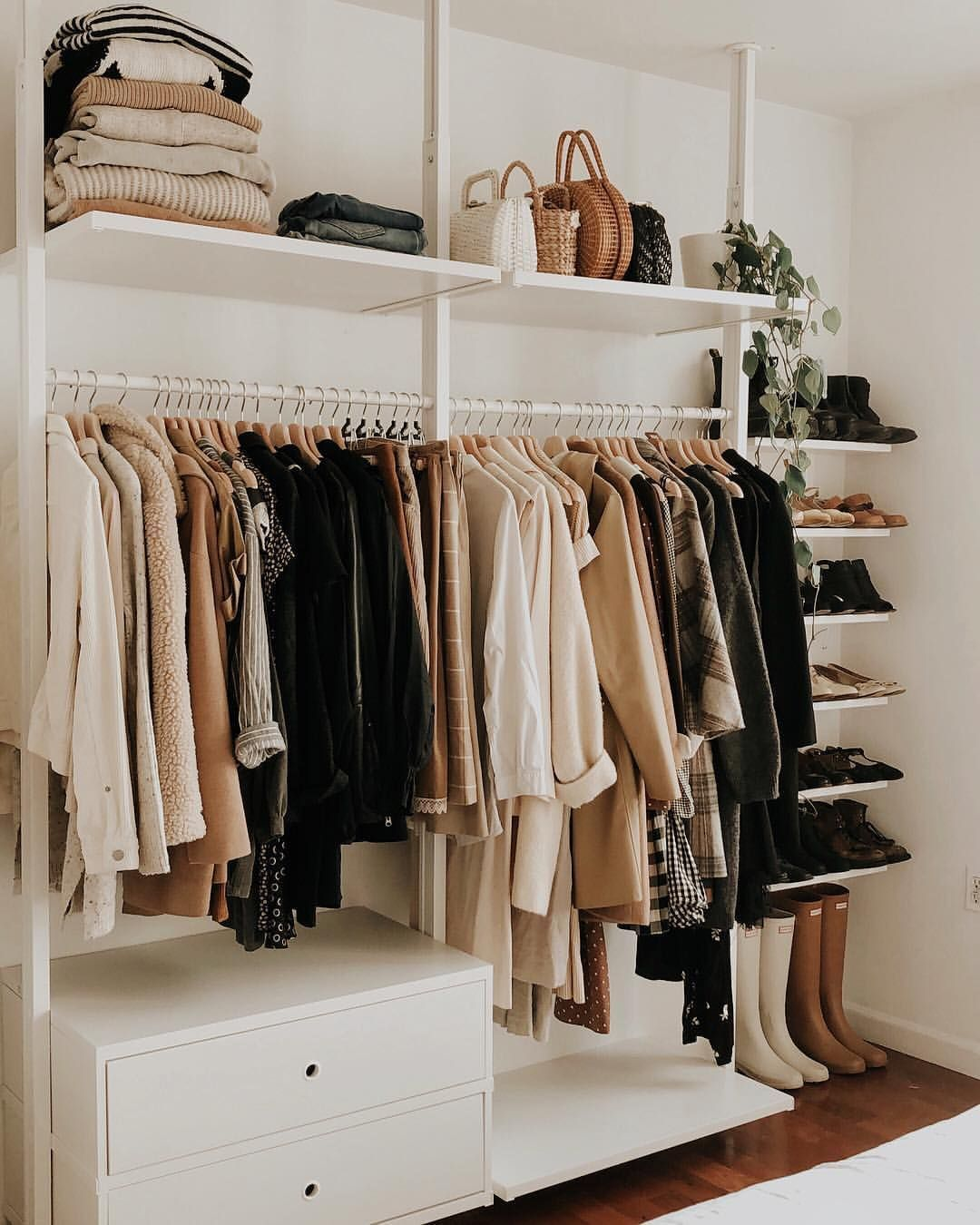 Ashley Ballard On Instagram Still So Thrilled With My New Closet