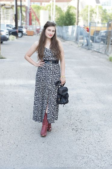 cowboy boots, Floral maxi dress