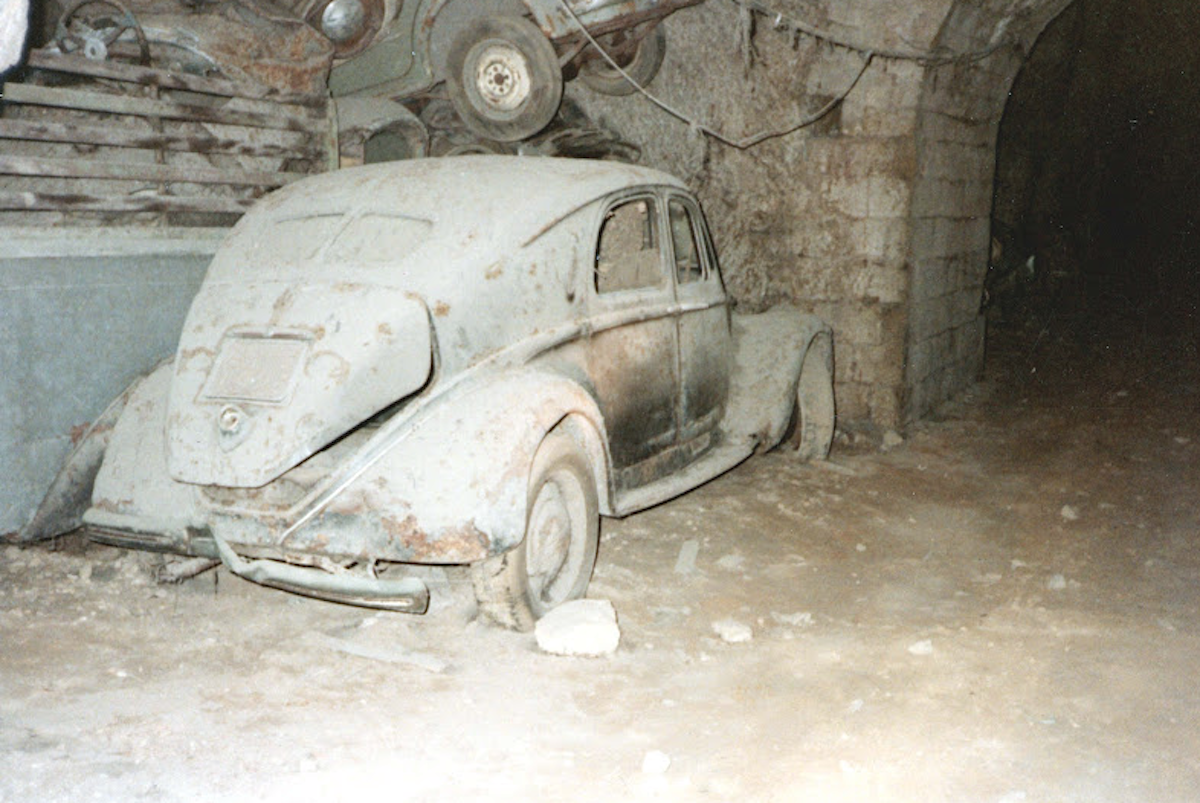 An amazing stash of classics and military vehicles from WW2 has been ...
