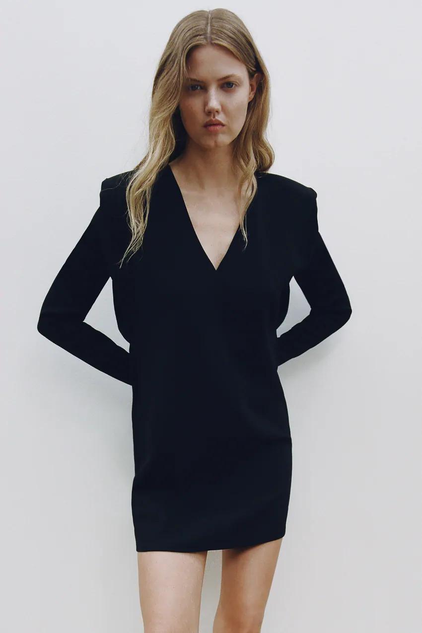 Dress With Shoulder Pads Zara United Kingdom Dresses Fashion Shoulder Pads [ 1275 x 850 Pixel ]