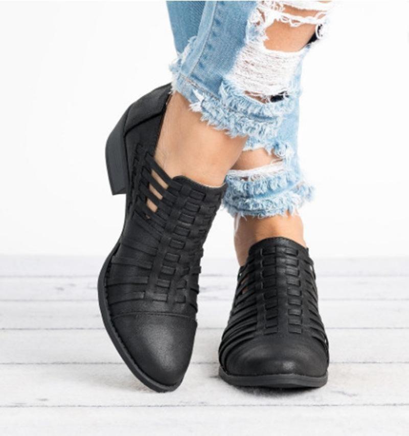 e608e9a87 Women Vintage Plus Size Hollow Out Stylish Short Boots