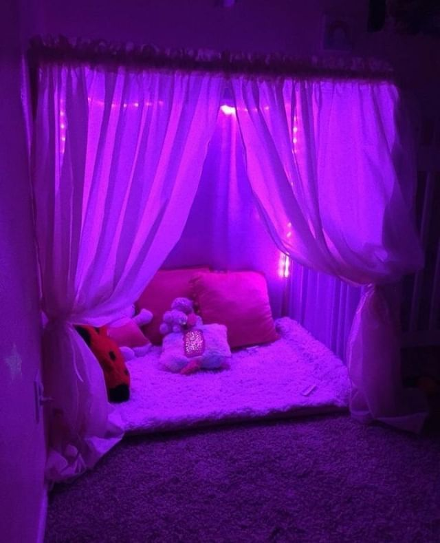 Pin by Kayonna rorie on bedroom ideas in 2020 | Neon ...