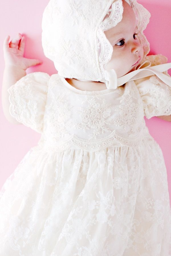 Free pattern: Baby blessing dress | Baby Siggy | Pinterest | Ropones ...