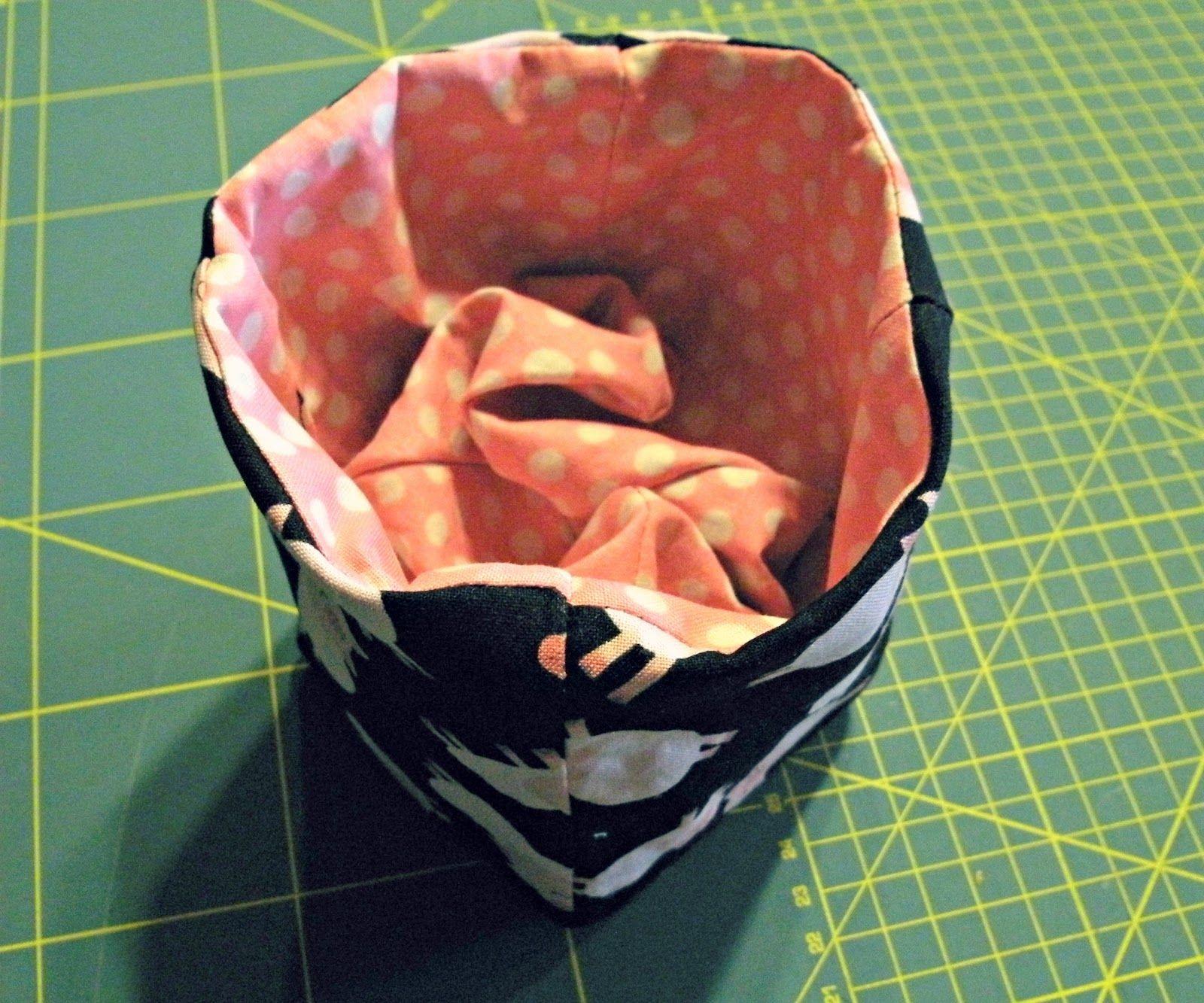 Quiltycat: Fabric box tutorial