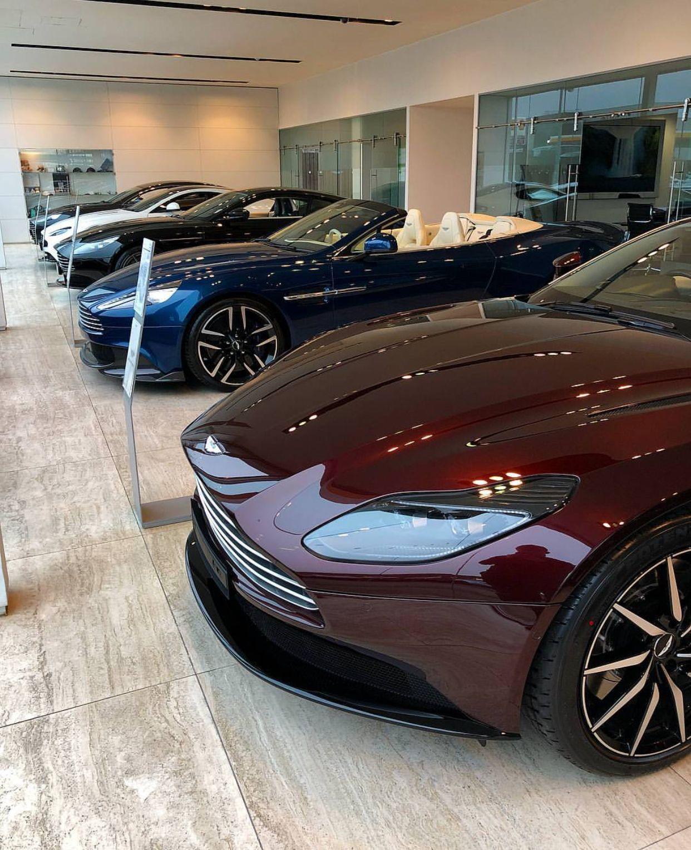 Aston Martin Db11, Aston Martin