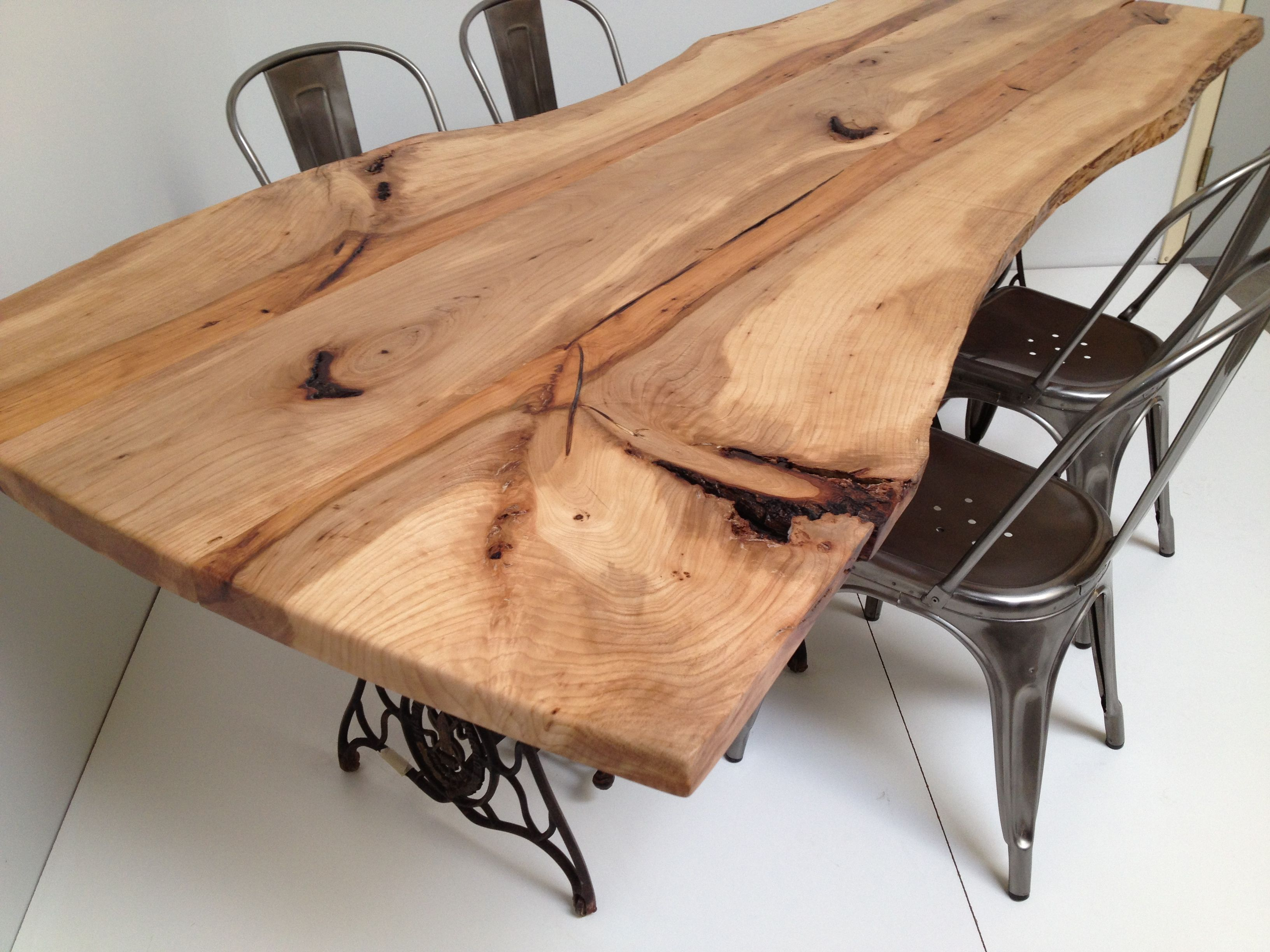 live edge pecan dining table industrial mid century upcycled base innengestaltung pinterest. Black Bedroom Furniture Sets. Home Design Ideas