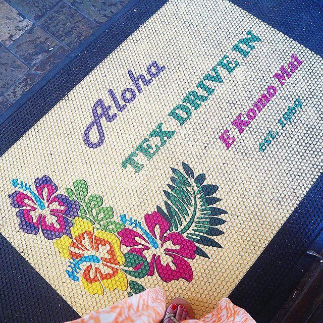 Aloha TEX DRIVE IN E Komo    Aloha TEX DRIVE IN E Komo Mai est.1969  またハワイ島に来たら 立ち寄りたいっ  #breakfast#朝食#朝活 #hawaii#hawaiitrip #summervacation #texdrivein#marasada #カフェ部#カフェ巡り#ハワイカフェ #ホノカア#ホノカアボーイ #ハワイ#ハワイ旅行#家族旅行 #ハワイ島#ビッグアイランド #bigisland#travelhawaii #hiltongrandvacations