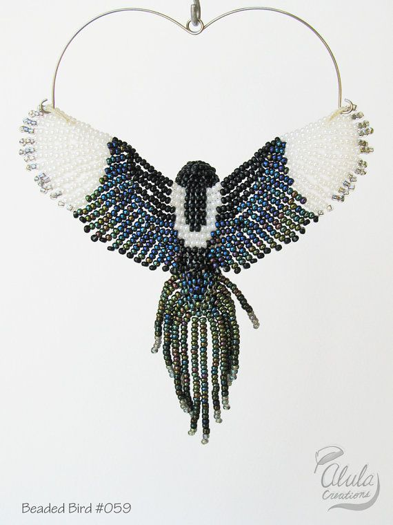 Magpie Suncatcher, Beaded Bird Ornament, 3D Bird Necklace, Beaded ...