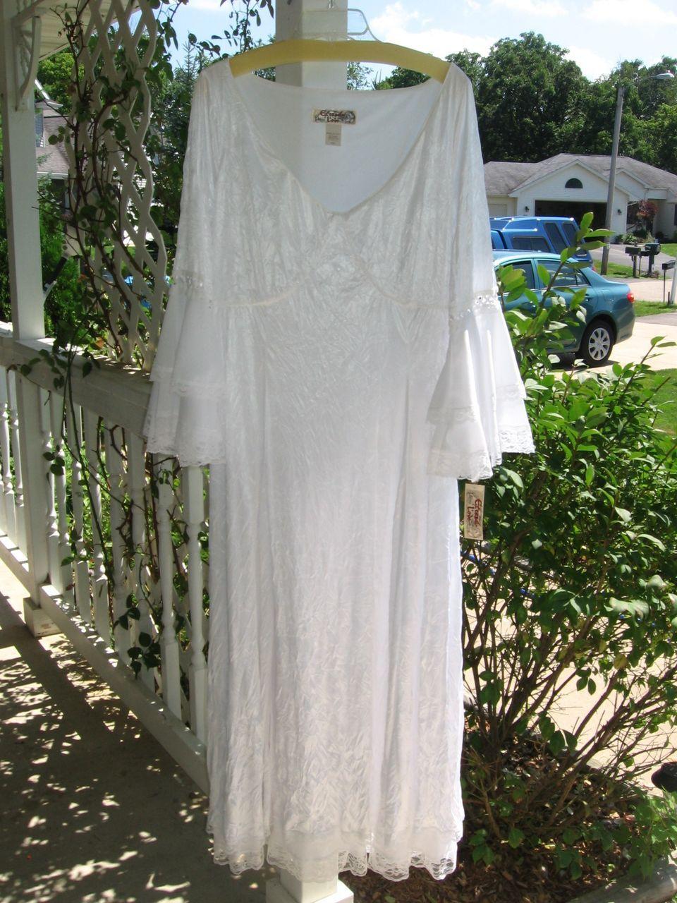 Celtic wedding dresses plus size irish renaissance for Plus size celtic wedding dresses