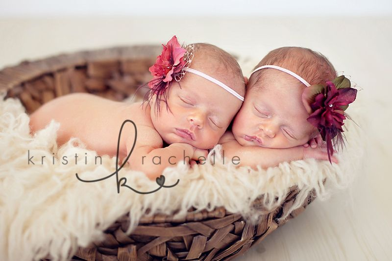 Newborn twin girl photography twin baby photographer ss2