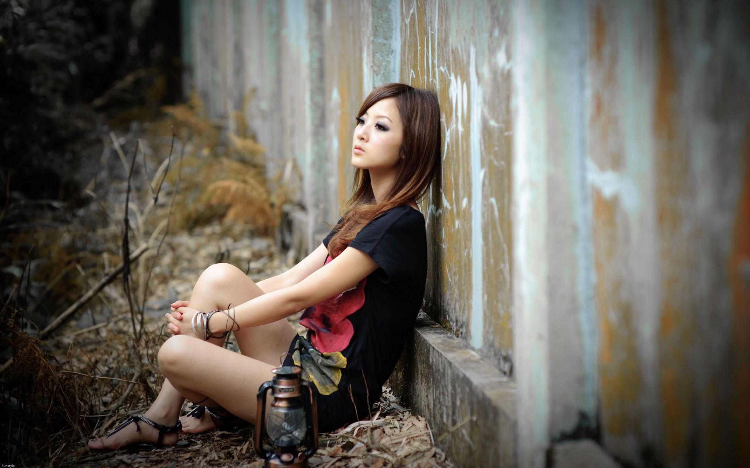 Alone Girls Wallpaper Hd Http Imashon Com W Alone Girls