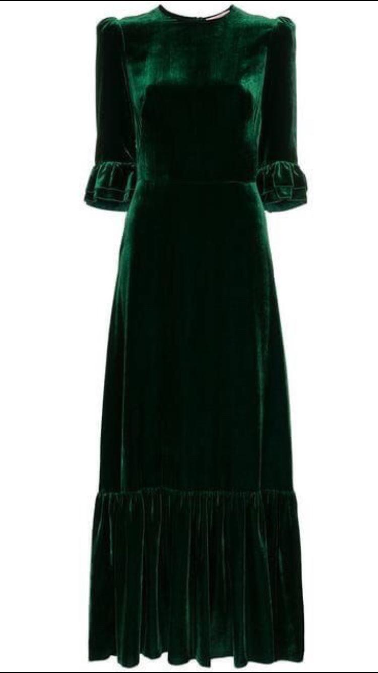 Pin By Ina Barbie Doll On Barhat Vintage Velvet Dress High Fashion Dresses Pretty Dresses [ 1334 x 750 Pixel ]