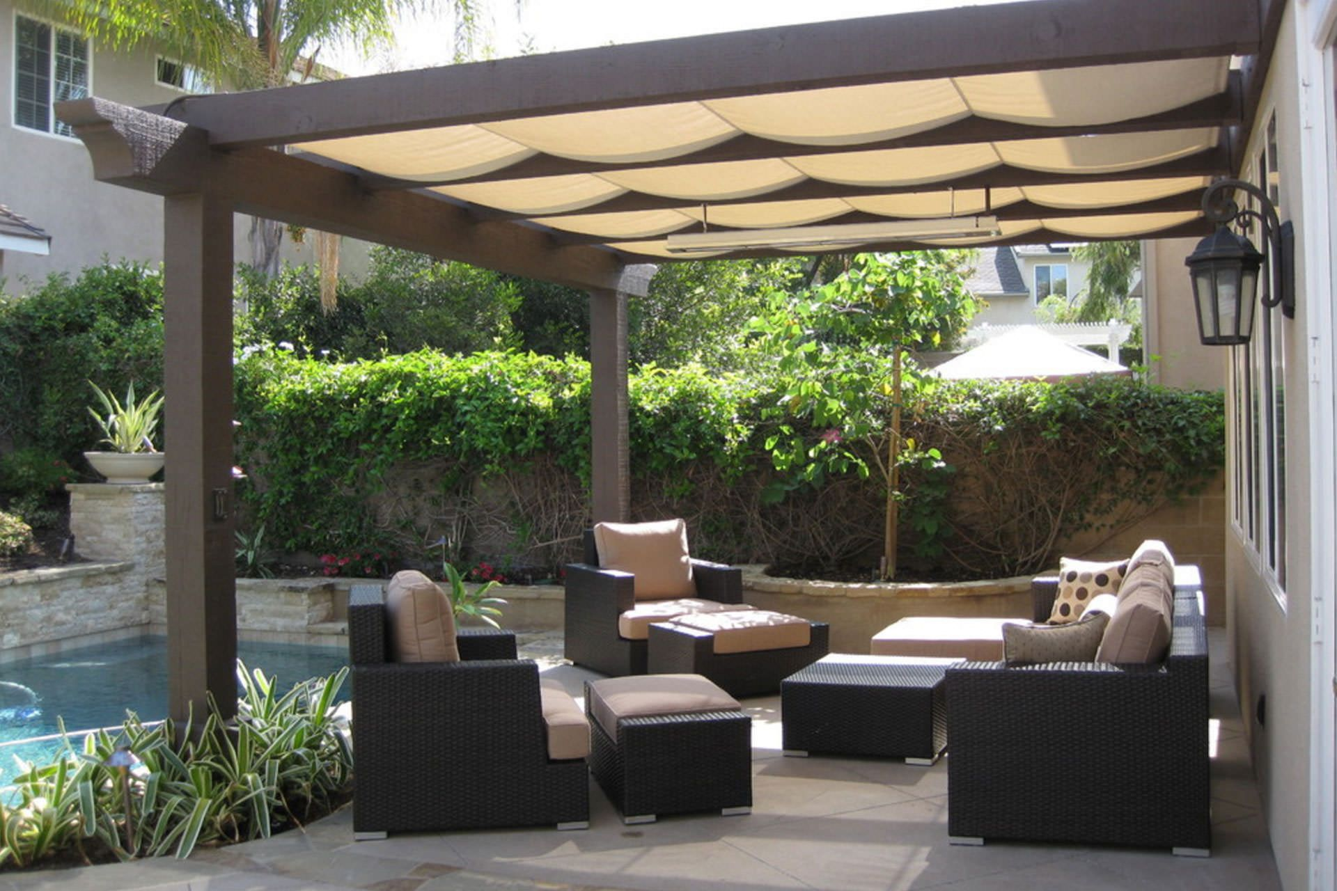 Retractable canopy for pergola - Find Out Which Pergola Shade Option Is Best For Your Space Tips On Deciding Between
