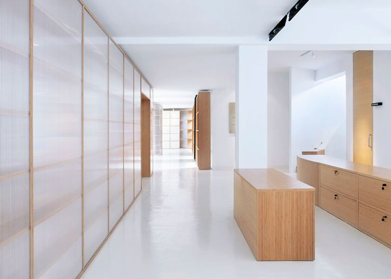 Office Renovation With Wooden And Polycarbonate Partitions By