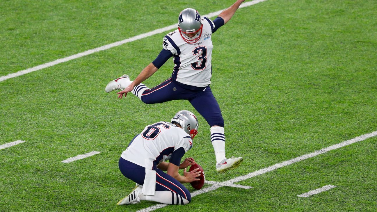 Source Gostkowski Having Surgery Done For 19 Nfl Kickers Thigh Injury New England Patriots