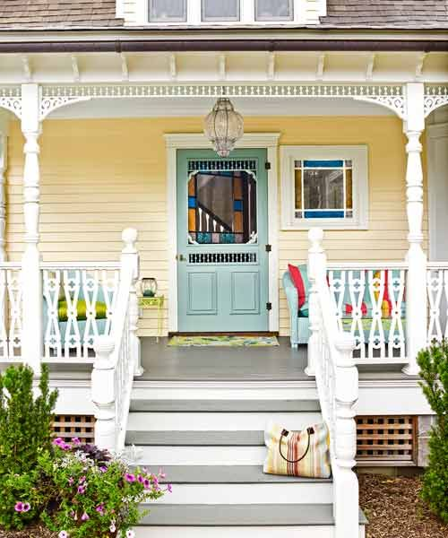 Yellow And Blue Paint Palette Picks Up On The Colors In This Victorian Charmer S Stained Gl Window Photo Julian W Thisoldhouse