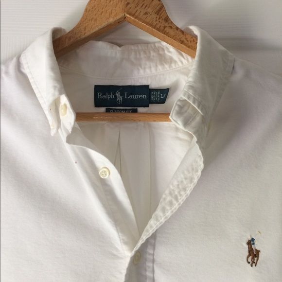 Shop Men's Polo by Ralph Lauren White size L Casual Button Down Shirts at a discounted price at Poshmark. Description: Too big only worn once, large custom fit button down. Sold by jsjconnolly. Fast delivery, full service customer support.