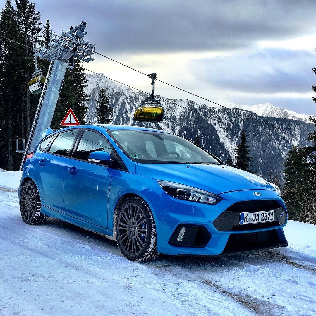 Testdrive The Ford Focus Rs In The Alps Enjoing 350 Hp And Awd