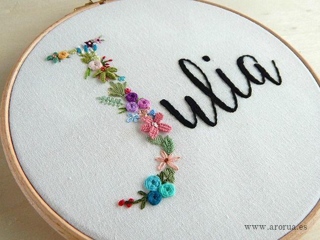 Bastidor Nombre Arco Iris | bordados | Pinterest | Bordado, Bordado ...