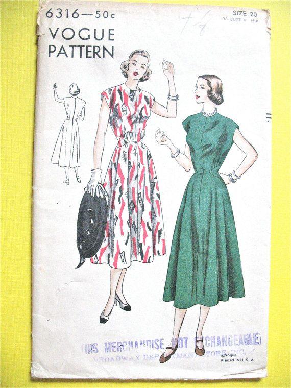 Unused Factory Folded 1940s Vogue 6316 One Piece Dress Vintage