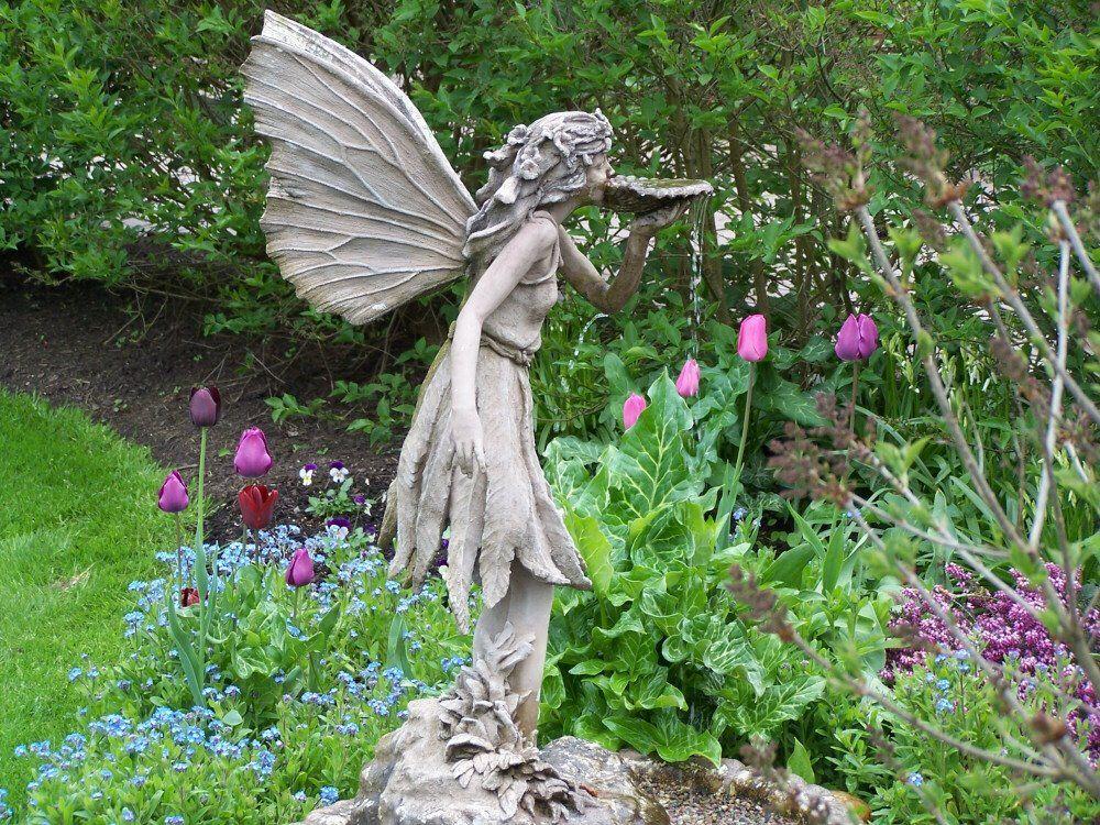 Fairy Fountain, Hulda Klager Lilac Garden