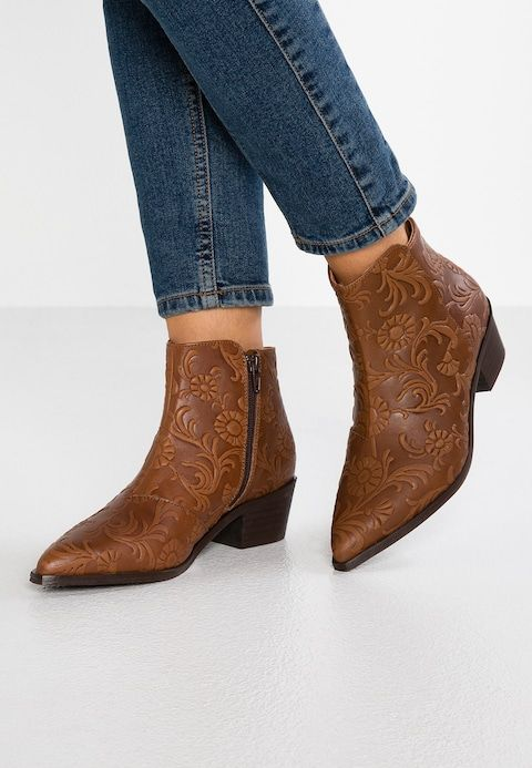 special promotion favorable price compare price Ankle boots - cognac @ Zalando.co.uk 🛒 in 2019 | Hot shoes ...