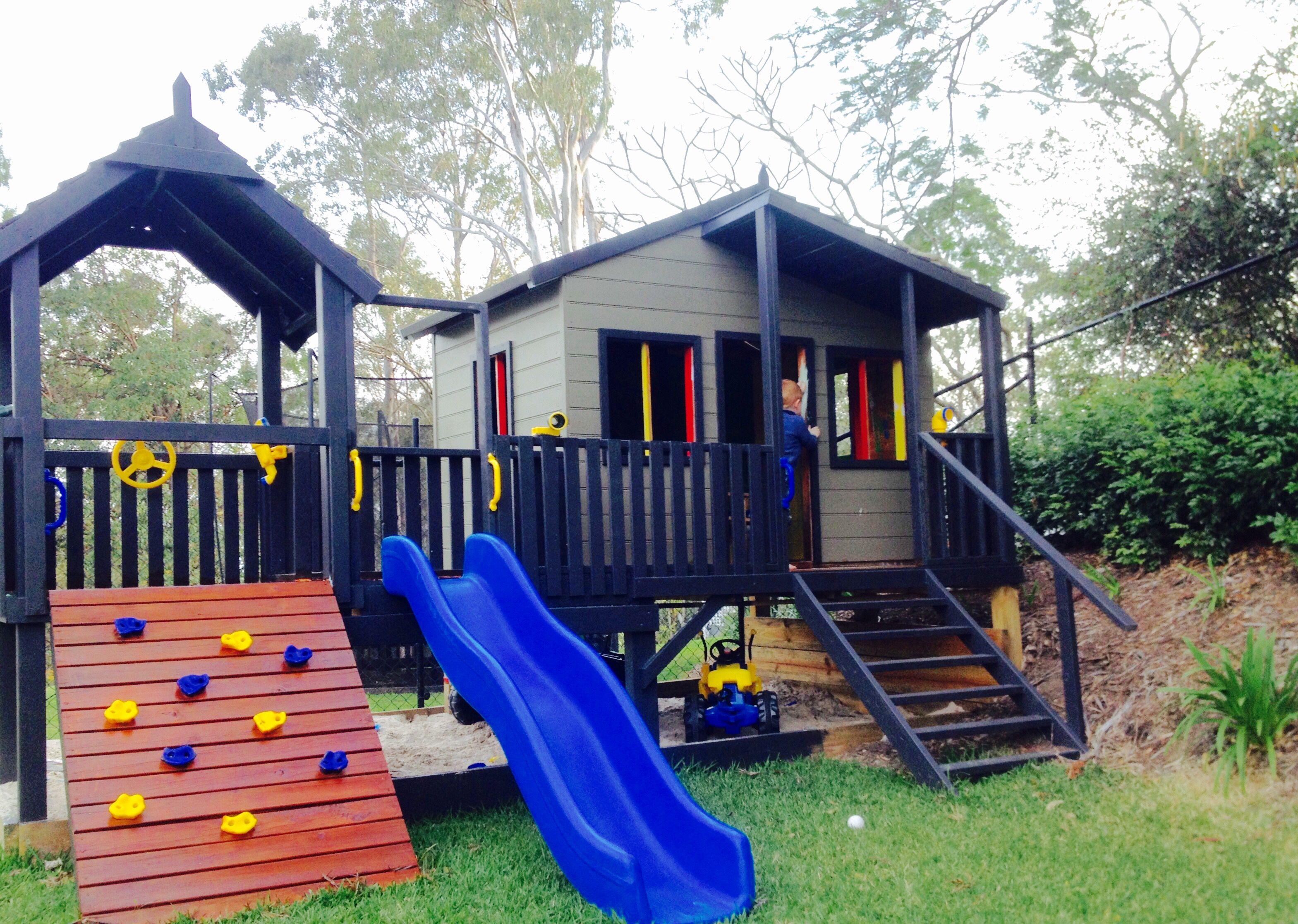 jayne lyddiard design cubby house in our brisbane backyard cubby