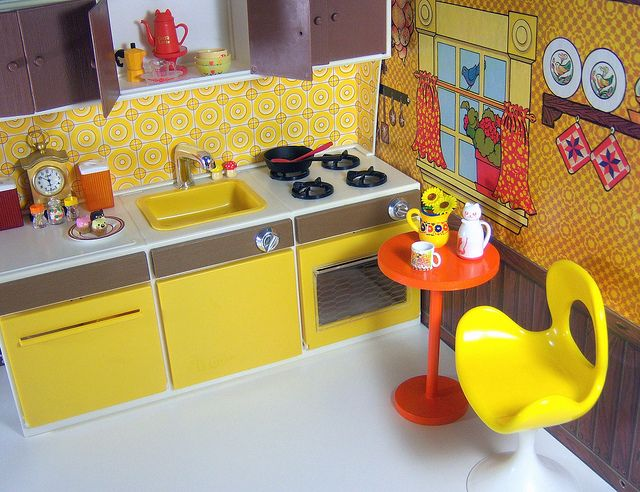 1//6 Dollhouse Mini Moon Cake Chocolate Model Kitchen Food Toy Doll House Decor