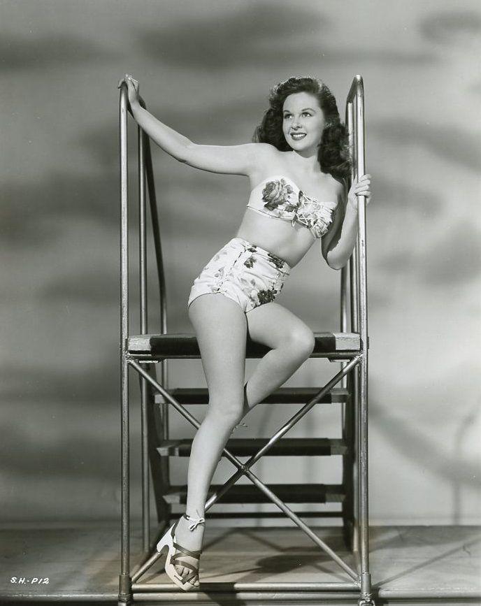 Pin By Rick Bergerson On Pinup Models Art Susan Hayward Actresses Hollywood