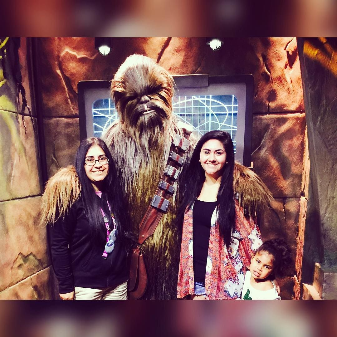 The only Star Wars fan in the family wasn't even happy to meet Chewbacca  by whoaaitssjelly