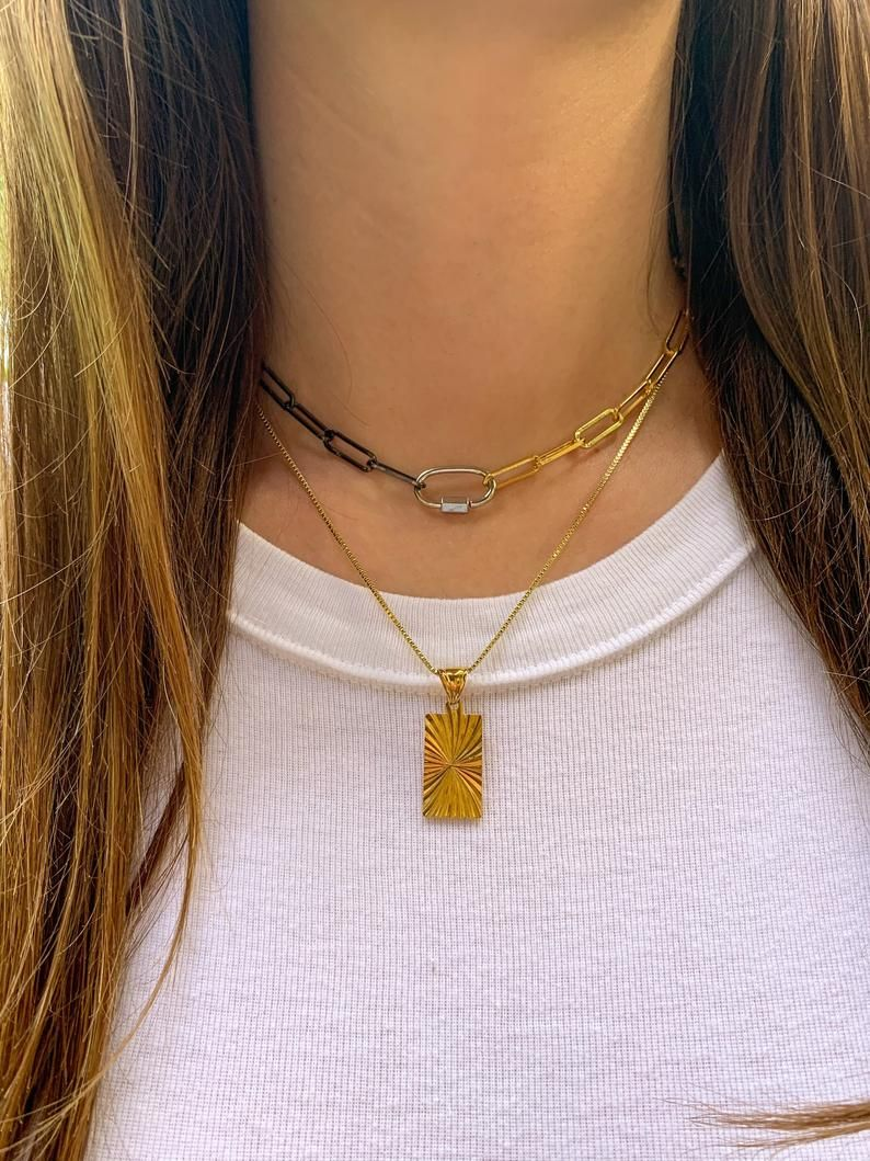 how to layer necklaces lengths