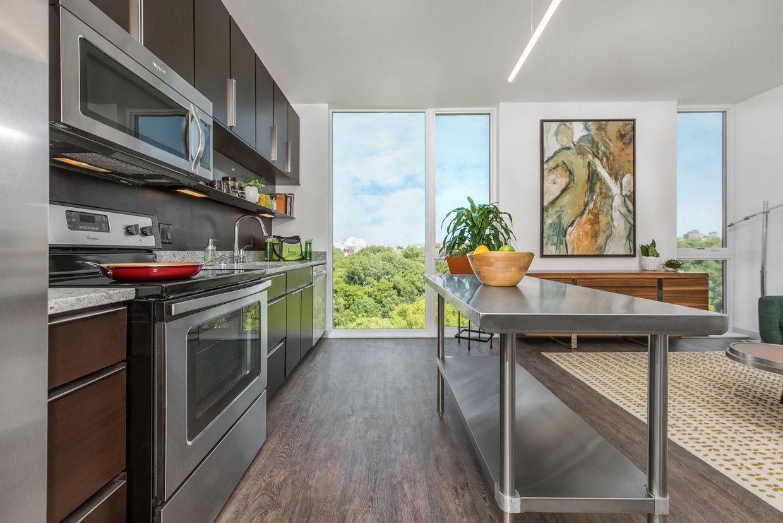 Belay Apartments Rentals Milwaukee Wi Apartments Com Rental Apartments Apartment Apartments For Rent