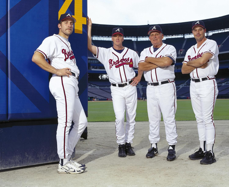 Jones Joins Braves Reunion In Cooperstown Braves Atlanta Braves Iowa Hawkeye Baseball