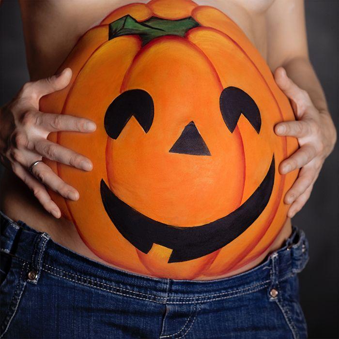 decorated baby bump bump o lantern pregnant halloween costumes - Pregnant Halloween Painted Bellies
