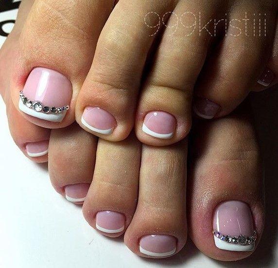 French-Rhinestone Toe NaiArt | Toe nails, Cute toe nails ...