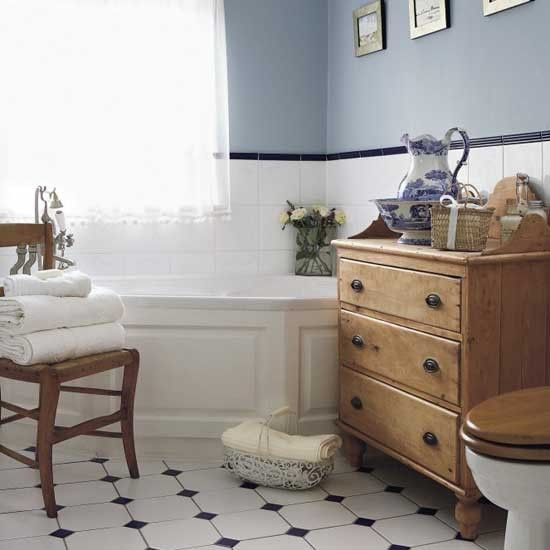 Lovely Country Style Bathroom